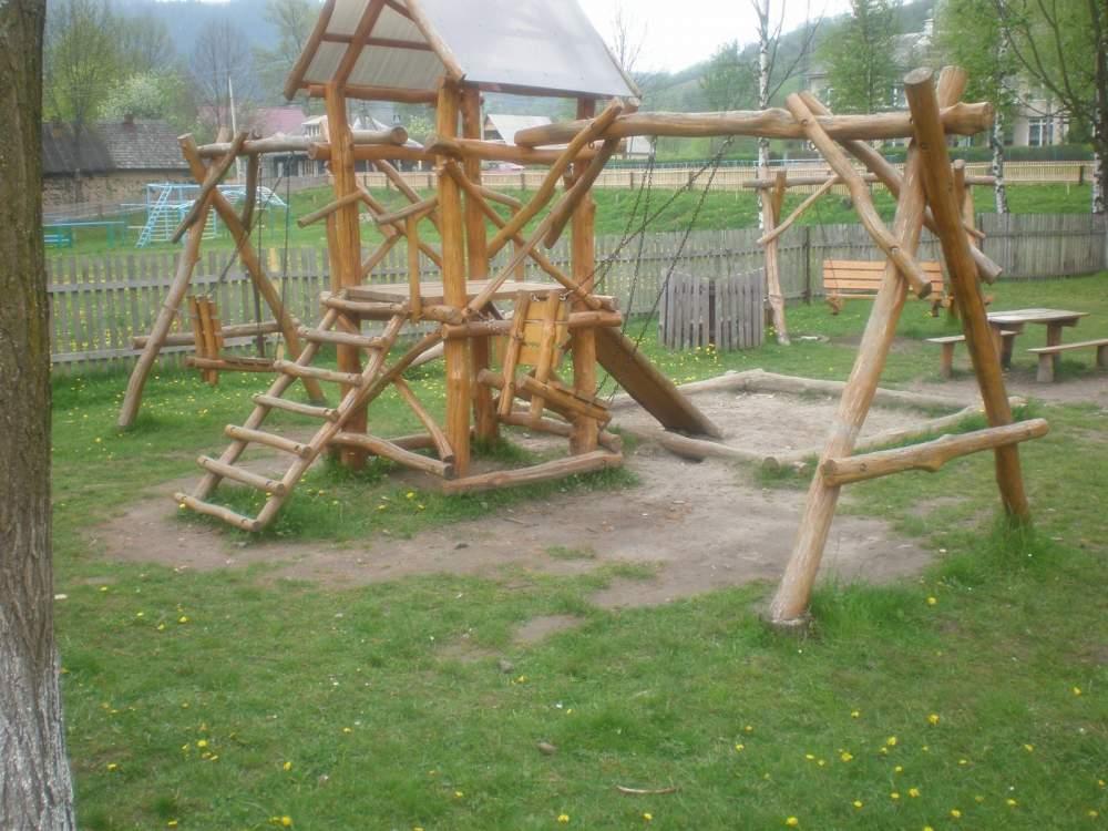 Детские площадки своими руками из дерева и бревен фото 73